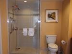 グランドワイキキアン客室バスルームシャワースペース.JPG