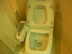 サントスホテル(三徳大飯店)客室内トイレ.JPG