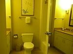 ラグーンタワー2ベッドルームプラスベッドルーム2のバスルーム.JPG