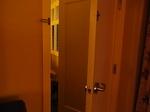 ラグーンタワー2ベッドルームプラスベッドルーム2の二重扉.JPG