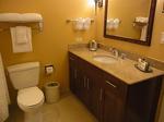 ラグーンタワー・オーシャンフロント467号室ベッドルーム2ドレッサー.JPG