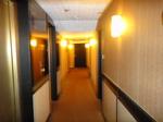 香港ラマダホテルカオルーン客室フロア2.JPG
