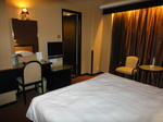 香港ラマダホテルカオルーン客室内1.JPG