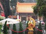 香港黄大仙寺院境内階段脇.JPG