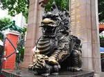 香港黄大仙寺院麒麟像2.JPG