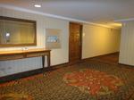 HGVCラグーンタワー7階エレベーターホール1.JPG