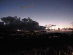 ダイヤモンドヘッドふもとから見る夜景.JPG