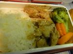 チャイナエアラインハワイ航路復路機内食肉野菜炒めライス1.JPG