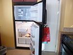 ラグーンタワー・オーシャンフロント2ベッドルームプレミア467号室冷蔵庫.JPG