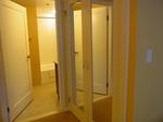 ラグーンタワー・オーシャンフロント467号室ベッドルーム2バスルーム.JPG