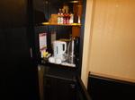 ラマダホテルカオルーン客室内冷蔵庫.JPG